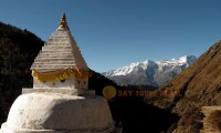 everest base camp yoga trek